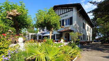 Hôtel Restaurant l'Emeraude des Bois